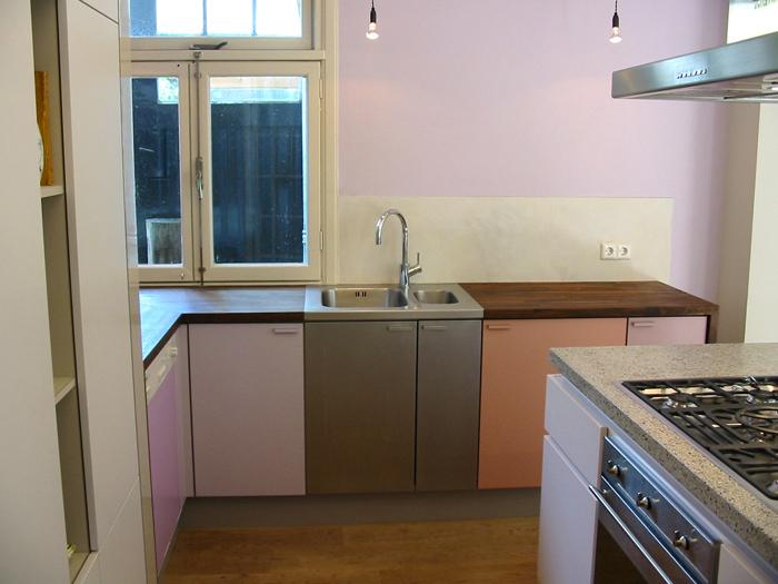 Keuken Opbergkast : , spoelkant met massief notenblad, opbergkast in ...